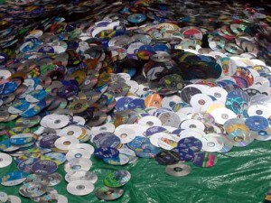 toomanycds